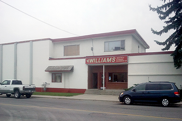 Exterior of building with company sign Williams Moving and Storage Cranbrook limited