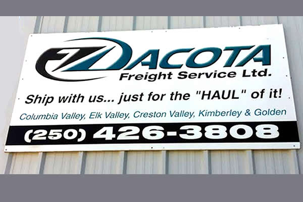 exterior sign advertising Dacota Freight Services