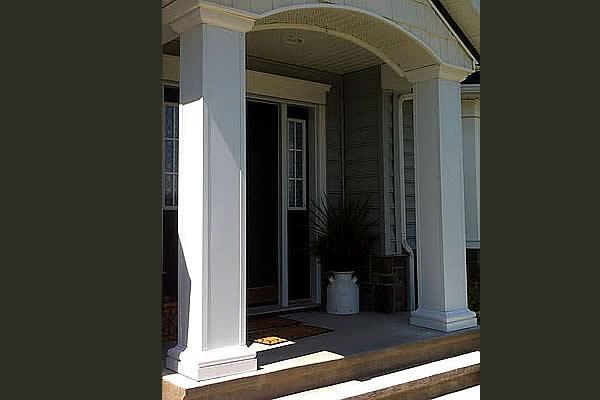 Custom capping application on entrance pillars