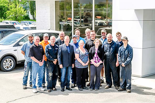 staff photo outside of Kokanee Ford Sales in Creston