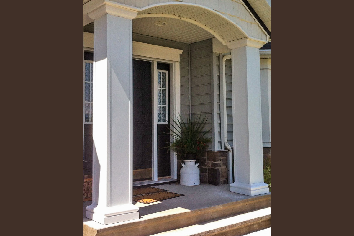 Custom capping application on entrance pillars