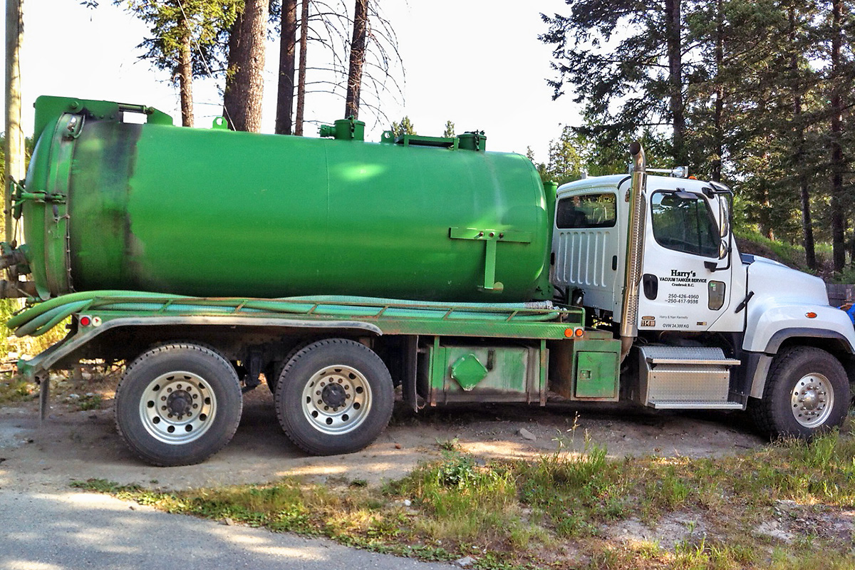 truck for septic cleaning